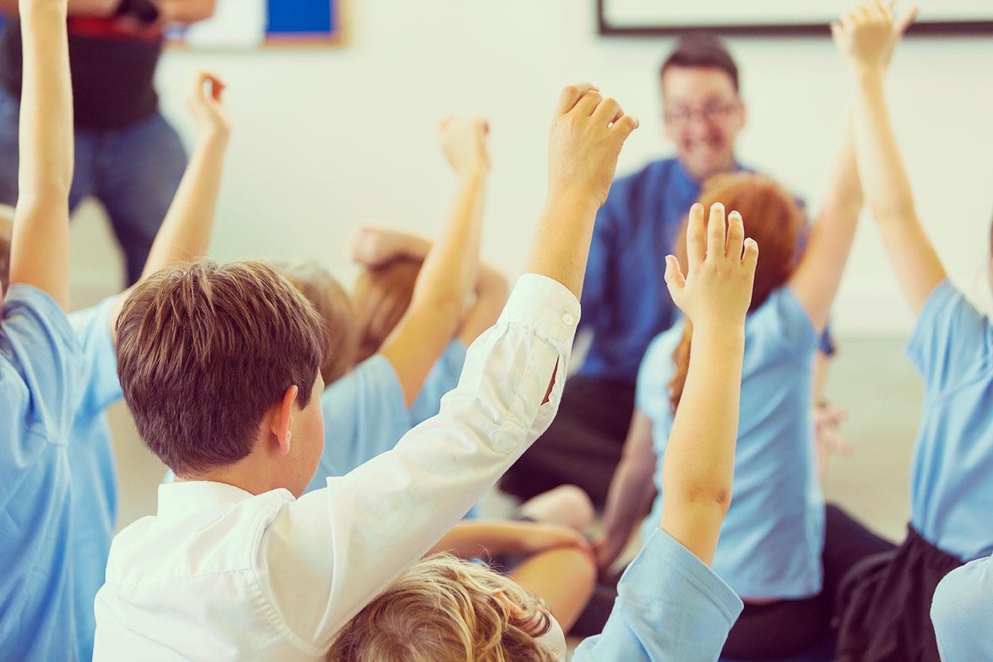 Hand Up in Class - Becoming a Teacher